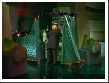 Wizard of Oz - Man behind the Curtain